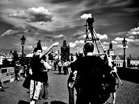 <!--:cs-->Den tripodů na Karlově mostě<!--:-->