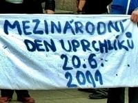 <!--:cs-->Peršané okupují Německo, ve würzburské ubytovně se oběsil Mohammad Rashepar<!--:-->