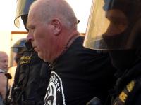 Máj: Protipolicejní demonstrace skončila fiaskem
