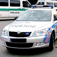 <!--:cs-->V centru Prahy se upálilo 40 osob na protest proti exekucím<!--:-->