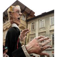 <!--:cs-->V Praze se demonstrovalo za využívání opuštěných budov<!--:-->