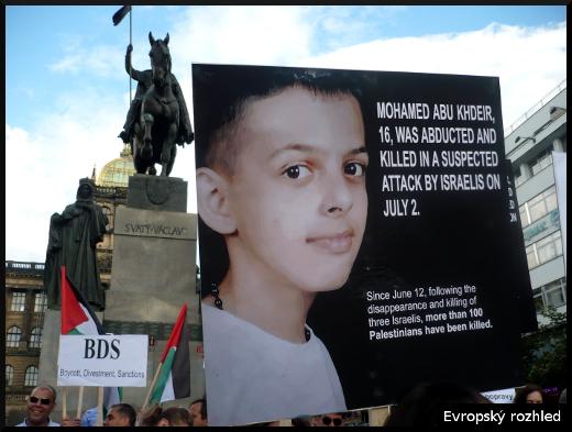 Demonstrace za ukončení bombardování Gazy. Praha, 14. 7. 2014