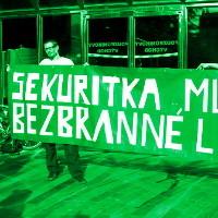 <!--:cs-->Na pražském nádraží prý mlátí lidi<!--:-->