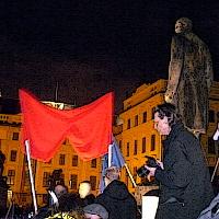 Maidanisté na Hradě připomněli ústavu