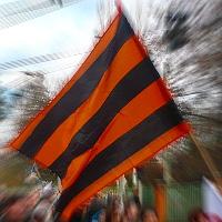 Postřehy: Na demonstraci Adama B. Bartoše vlály svatojiřské stuhy