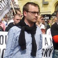 Národní demokracie vystartovala na reportéra České televize, potom šla po ČSSD