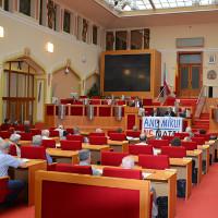 Na pražském magistrátu se uskutečnilo mírové setkání proti NATO