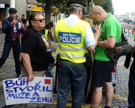 2016_08_13_Prague_Pride_07