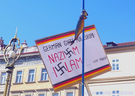 Islám je mylně označován za ideologii zhoubnou jako nacismus.
