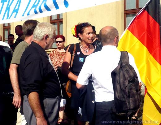 2016_08_25_Merkel_Zarko_08