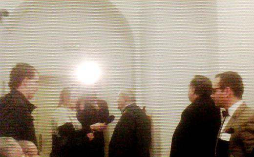 Před soudní síní bylo plno novinářů a televizních reportérů. Adama B. Bartoše přišel podpořit prezidentský kandidát Petr Hannig.
