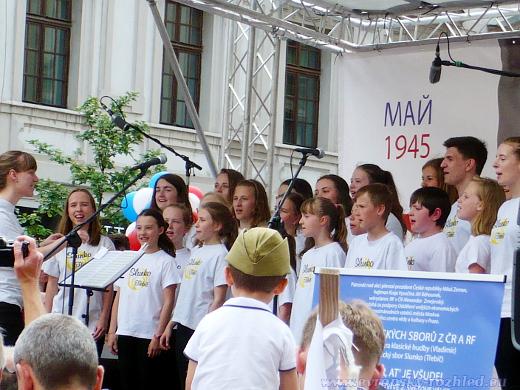 V kulturní části vystoupilo několik dětských pěvěckých sborů.