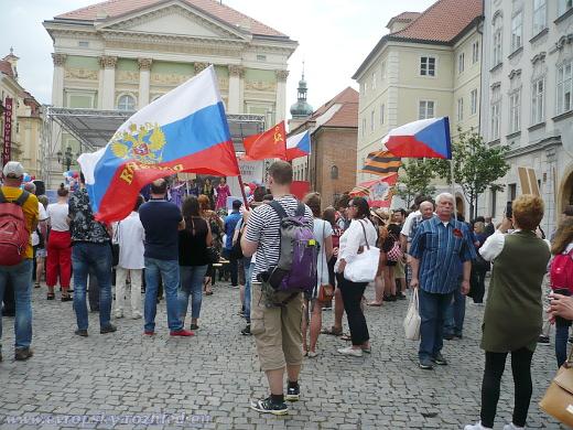 Vlajky na shromáždění II.