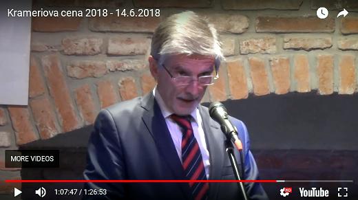 Peter Weiss, velvyslanec Slovenské republiky v České republice, během přebírání Krameriovy ceny pro Jána Kuciaka in memoriam.
