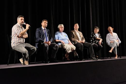 Diskuse k dokumentárnímu filmu Proces: Ruský stát versus Oleg Sencov v pražském Kině Světozor. Foto: Honza Macháček