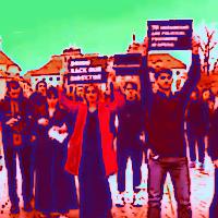 Přiveďte nám zpět  našeho režiséra, provolávali studenti z Charkova před Pražským hradem