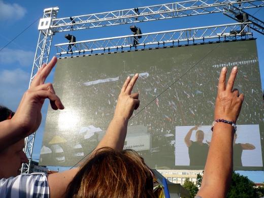 Na Letné se uskutečnila největší demonstrace od roku 1989.