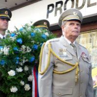 Před Českým rozhlasem proběhla vzpomínková ceremonie na události 21. srpna 1968