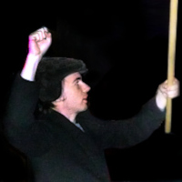 Komunisté s rukami v pěst pochodovali před Velvyslanectví Ukrajiny
