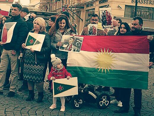 Kurdové na náměstí Republiky