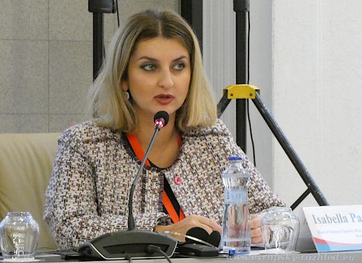 Isabella Pashinyan - falešné zprávy vznikají buď z žertu, nebo z politických důvodů.