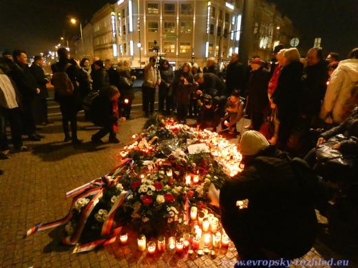 Pietní místo před Národním muzeem, Praha, 16. 1. 2020