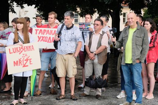 Lukašenko za mříže. Fotografie: Honza Macháček