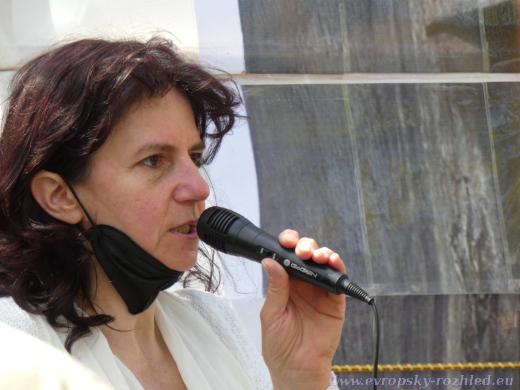 Podle Dany Schejbalové byla akce svolána jako poděkování našim osvoboditelům z Rudé armády za svobodu, která v této zemi trvala až do roku 1989.