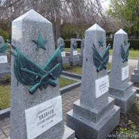 Nesmrtelný pluk si na Olšanských hřbitovech připomněl konec druhé světové války