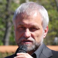 Na Olšanských hřbitovech si připomněli 76. výročí Vítězství ve Velké vlastenecké válce