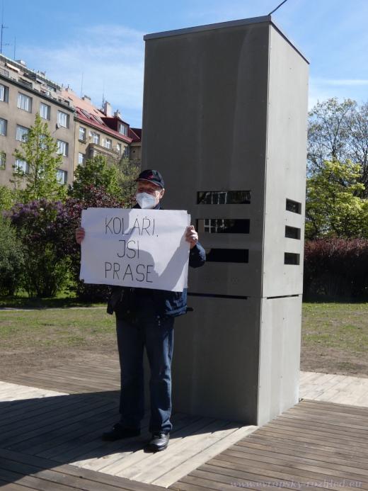 A také nesouhlas se starostou Prahy 6 Ondřejem Kolářem.