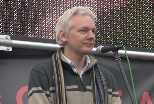Julian Assange - Antiwar Mass Assembly, 8. říjen 2011